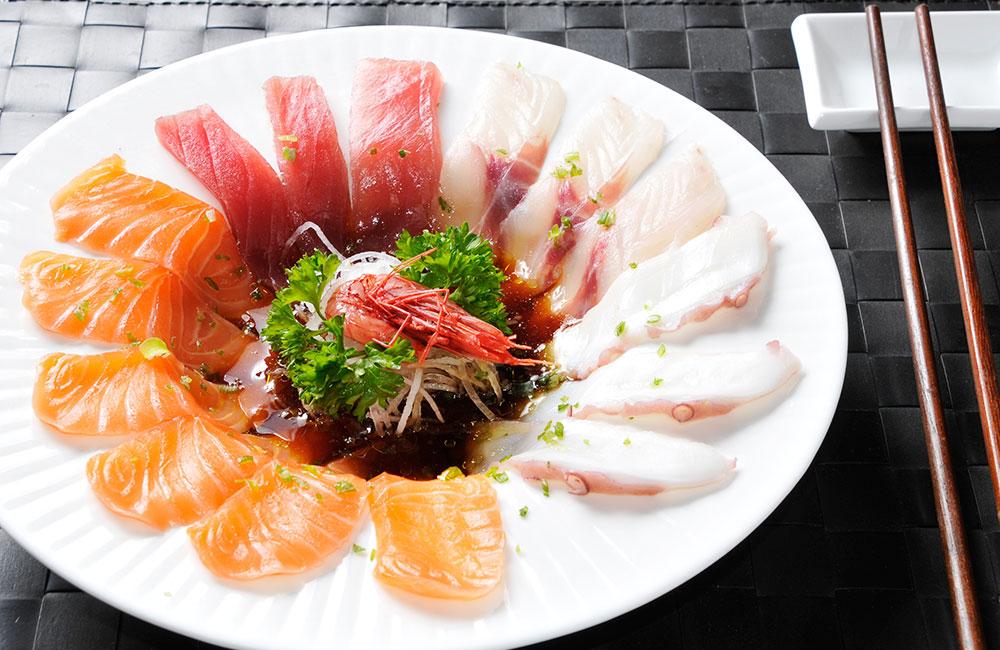 Carpaccio misto 12 fette - salmone, tonno, branzino, polipo